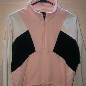 hollister cropped 1/4 zip
